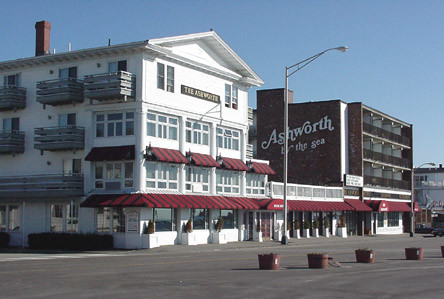 Ashworth By The Sea Hotel - Housekeeper 10.50$ + tips