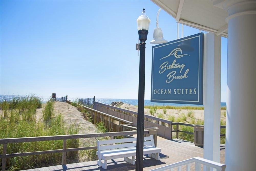 Bethany Beach Ocean Suites - Bellman