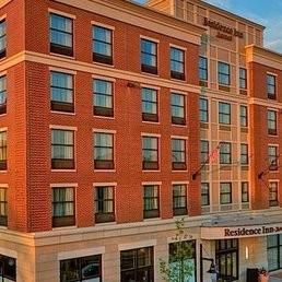 Downtown Residence Inn - Room Attendant 11.50$ + tips