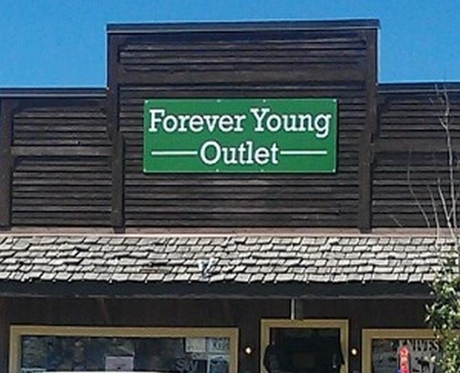 Forever Young in West Yellowstone LLC - Stock Clerk 9.00$
