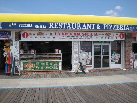 La Vecchia Sicilia LLC - Counter Attendant 8.38$