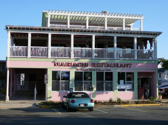 Mariachi Restaurant - Server 5.00$ + tips