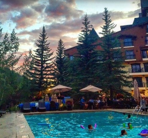 Marriot Mountain Resort - Housekeeper 10.00$