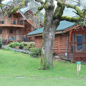 Riverside Lodge and Cabins - Housekeeper 7.50$